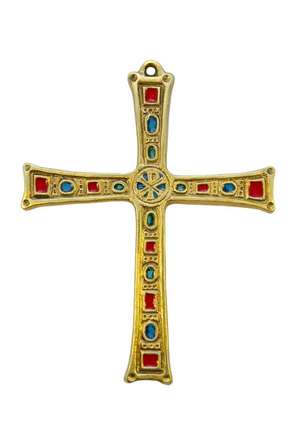 Grande croix murale; chrisme et cabochons, bronze et émaux.