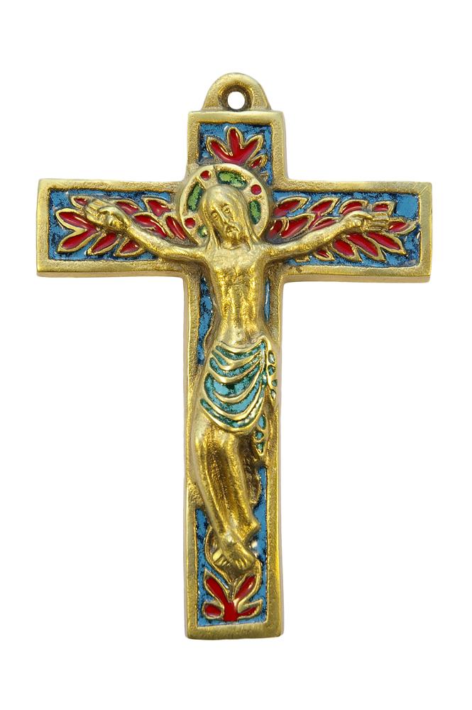 Crucifix mural d'inspiration médiévale, en bronze sculpté richement émaillé