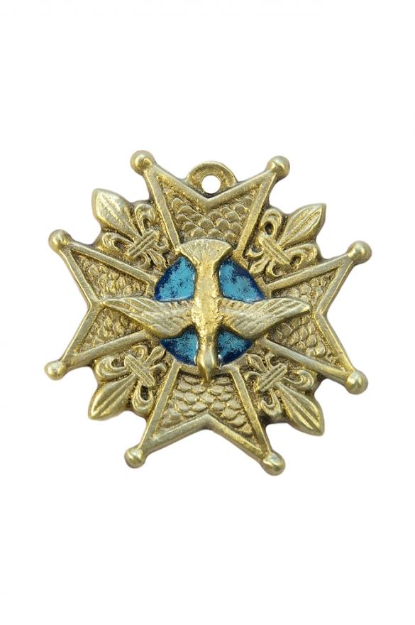 Croix de l'ordre du Saint-Esprit, en bronze émaillé. L'Esprit Saint est posé sur une croix de Malte à huit pointes, ornée de quatre fleurs de lys posées entre les bras de la croix. Symbole de la monarchie française, l'Ordre du Saint-Esprit est le plus prestigieux des ordres de chevalerie du roi de France.