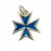 Bijou pendentif en forme de croix de Malte, en argent massif, émaillé selon la technique des émaux limousins dite aussi émaux grand feu. Cette magnifique croix de Malte est disponible en plusieurs coloris d'émaux.