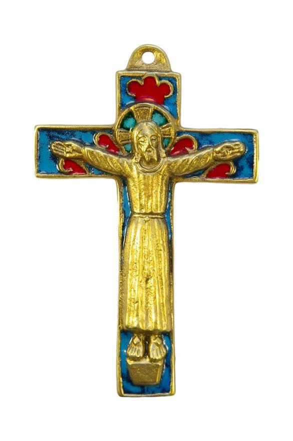 Christ roman en robe sur crucifix émaillé – bleu